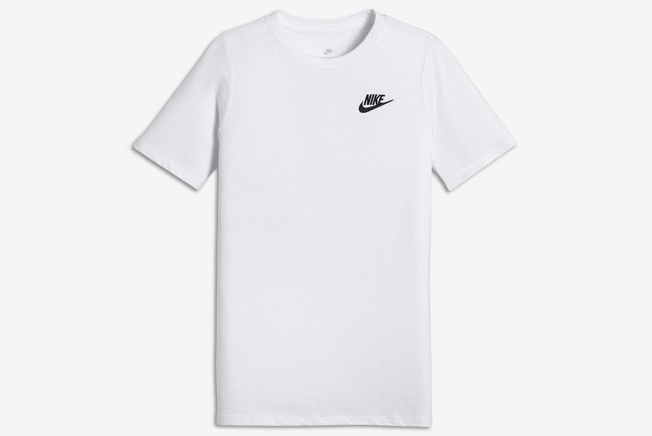Koszulka NIKE TEE-EMB FUTURA YA