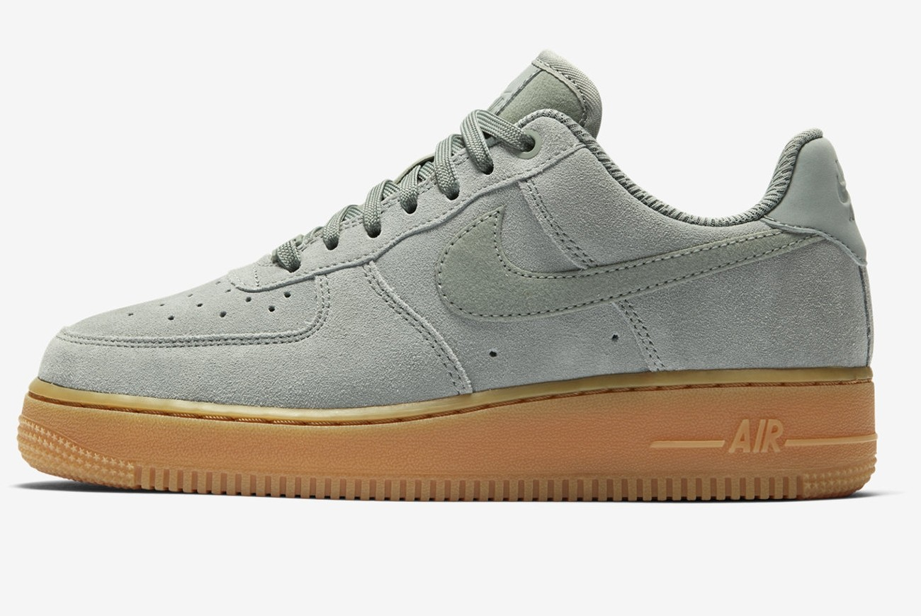 Buty WMNS AIR FORCE 1 '07 SE