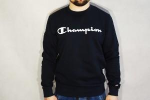 BLUZA Crewneck Sweatshirt