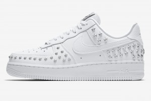 Buty WMNS AIR FORCE 1 '07 XX